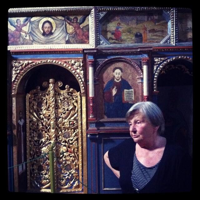 Cerkiew św. Paraskewii i przesympatyczna pani przewodnik,  pani Kulczycka. Właśnie opowiada jak ukraiński proboszcz święcił siekiery na pogromy. Groza :/ #polskaegzotyczna