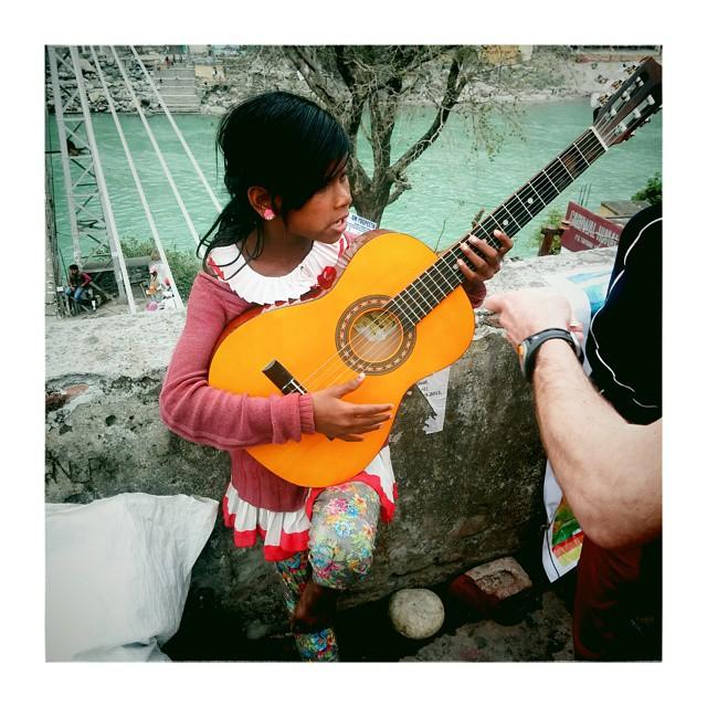 #rishikesh #guitar #india