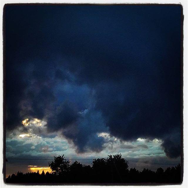 To linie czy nie lunie? :)#deszcz #olecko