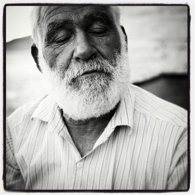 Keykeeper in caravanseray near Turkmen istan border#iran #b&w #portrait #oldman  #irantravel@irantraveling