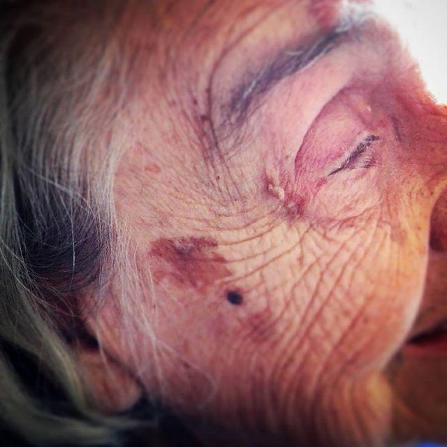 93 lata doświadczenia ...#babcia #zosia #niedozdarcia 93yrs of #experience #grandma #forever