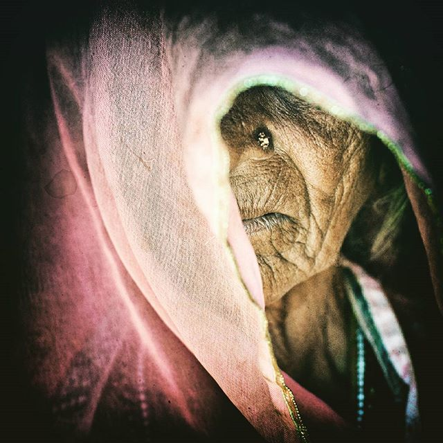 #rajastan #oldwoman #hindu #indiatravel #instaindia #india #indie #starakobieta